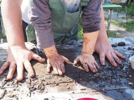 CARRUM BEACH LANE - sustainability festival family workshop seed bomb making